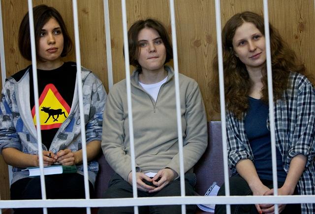 HBO compra direitos para o documentário da Pussy Riot