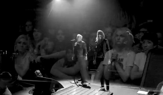 """The Offspring e Dead Sara em """"Gone Away"""""""