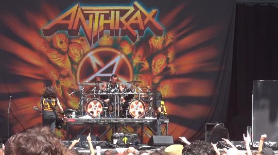 Anthrax toca AC/DC na Austrália