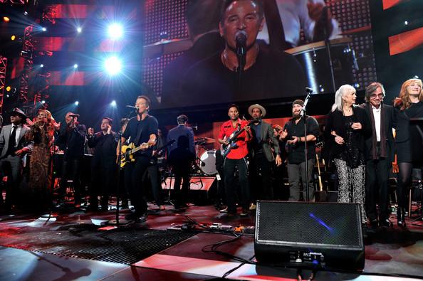 Bruce Springsteen recebe homenagem de Mumford & Sons, Sting, Elton John e Neil Young