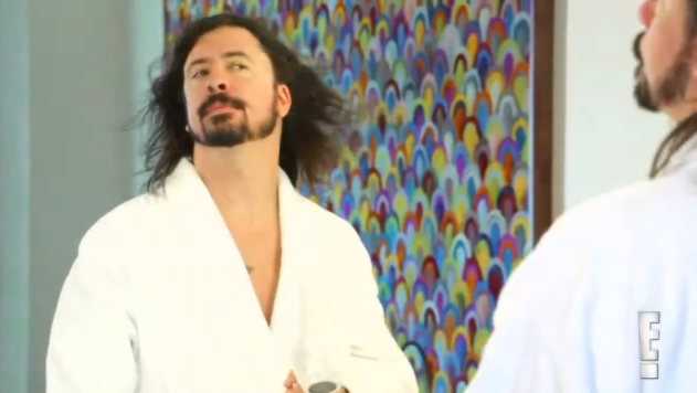 Dave Grohl e seu secador de cabelo