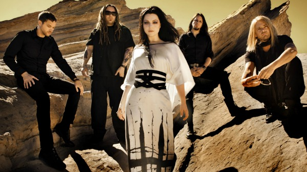 "Assista ao novo clipe do Evanescence da música ""Lost In Paradise"""