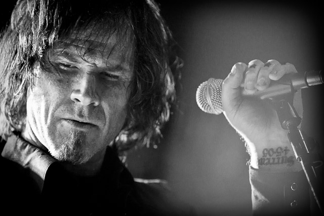 Mark Lanegan participa de show de Nick Cave & The Bad Seeds