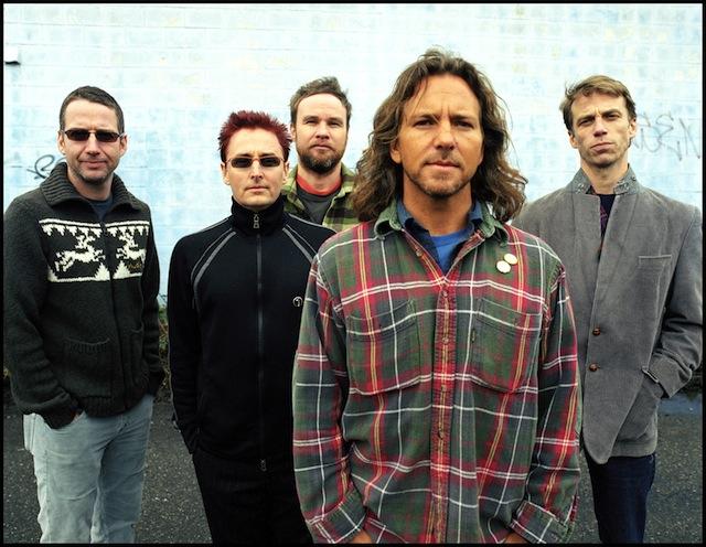 Pearl Jam: Confira vídeos do show na Argentina