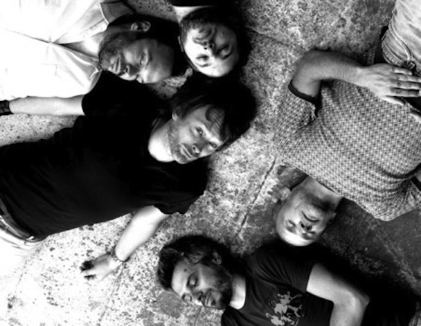 Novos clipes: Atoms For Peace