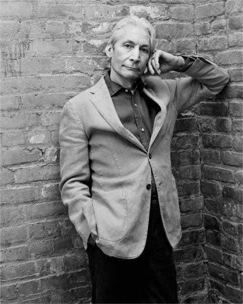 Charlie Watts não gostaria de tocar no Glastonbury