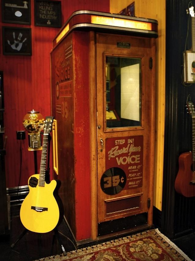 Jack White revela cabine de gravação de vinil para o Record Store Day