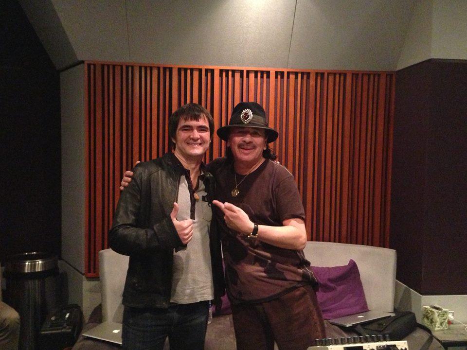 Samuel Rosa, do Skank, com Santana