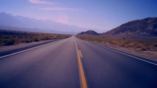 """David Lynch lança vídeo de """"I´m Waiting Here"""", da parceria com Lykke Li"""