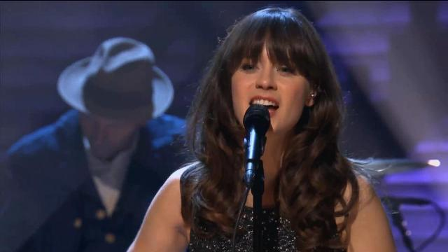 She & Him no Conan