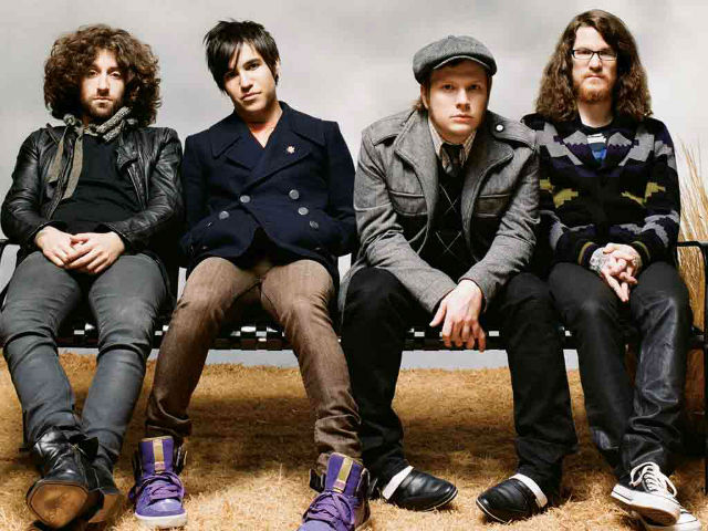 Novos clipes: Fall Out Boy, Airbourne, Reliente K, Pink e Hanson