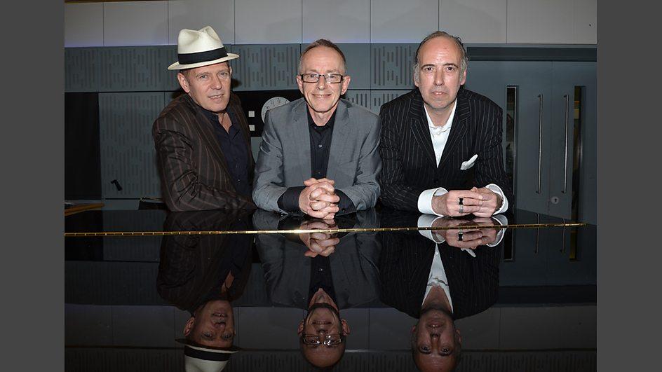 Mick Jones, Paul Simonon e Topper Headon se reunem
