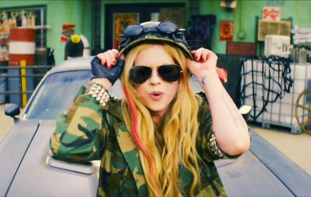 Novos vídeos - Avril Lavigne