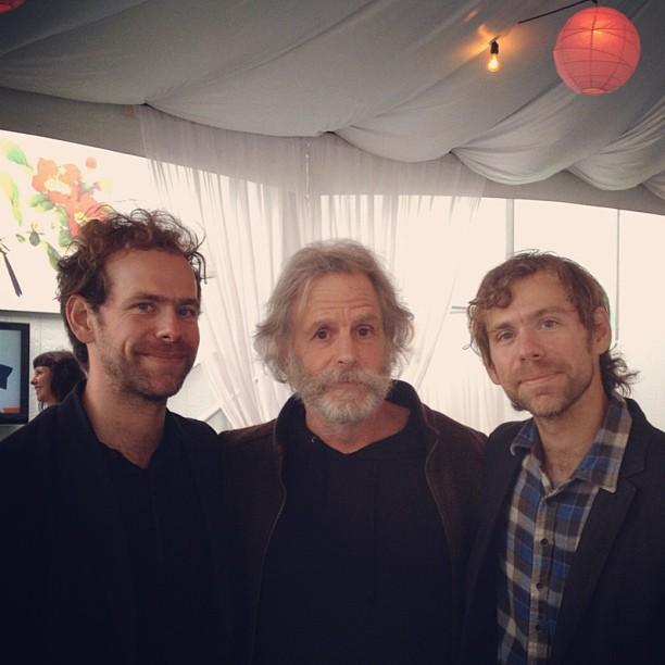 "The National toca ""Terrible Love"" com Bob Weir (Grateful Dead)"