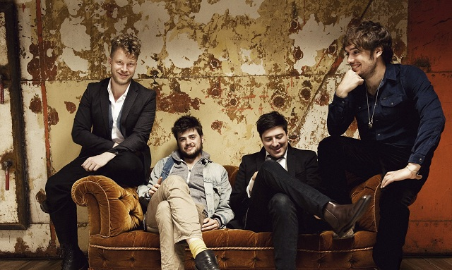 Membros do Mumford And Sons e The Vaccines formam supergrupo