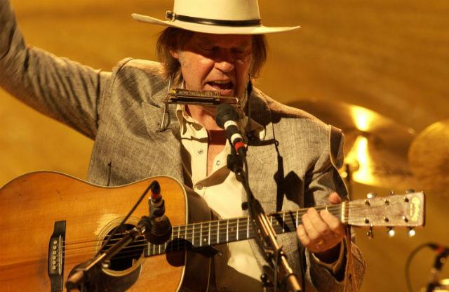 Neil Young lançará shows do