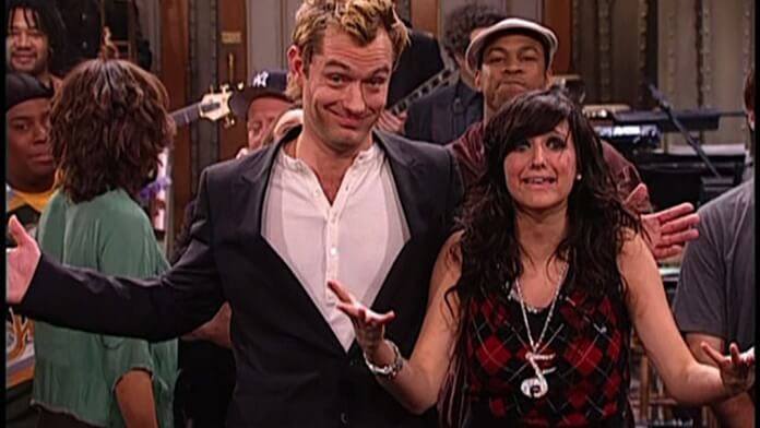 Ashlee Simpson e Jude Law no Saturday Night Live