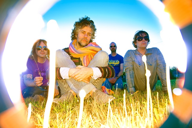The Flaming Lips faz cover de Beatles