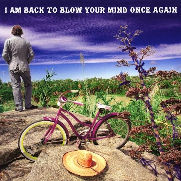 Peter Buck, do R.E.M., anunciou álbum novo.