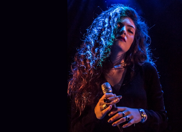 Lorde cancela shows por causa de problemas de saúde