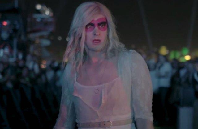 """Arcade Fire divulga o clipe de """"We Exist"""""""