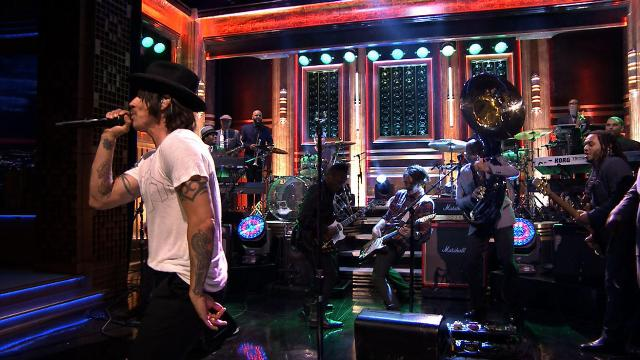 Veja o Red Hot Chili Peppers no programa de Jimmy Fallon