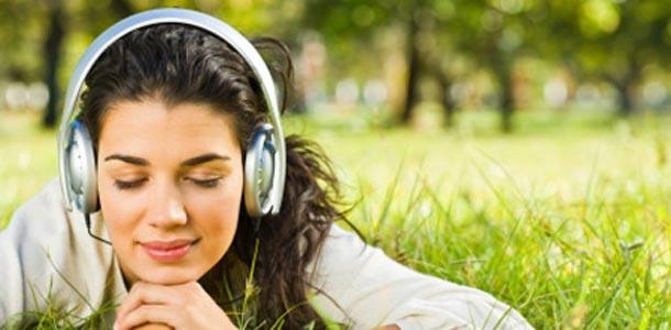 Estudos revelam hábitos auditivos