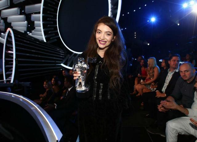 VMA: Lorde é a primeira mulher a ganhar o Melhor Vídeo de Rock