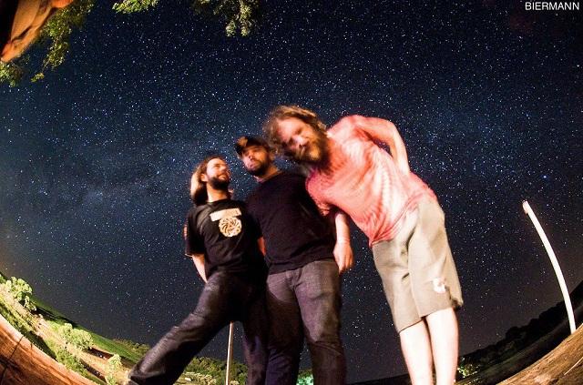 Mar de Marte: Assista ao novo clipe do trio