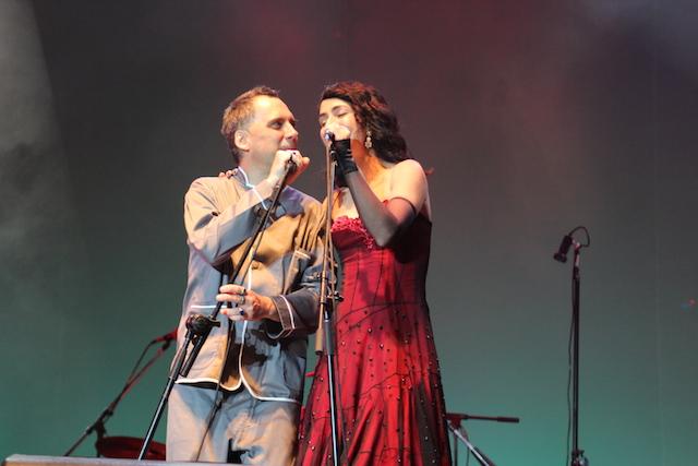 Arnaldo Antunes e Marisa Monte - Natura Musical