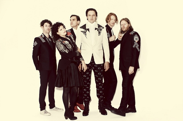 Win Butler fala sobre o futuro do Arcade Fire