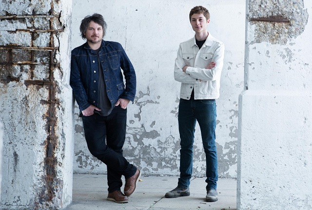 Tweedy: Ouça o disco do novo projeto do vocalista do Wilco