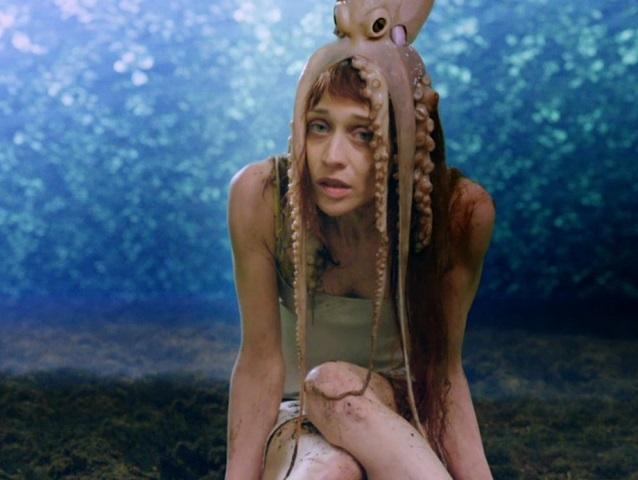 """Fiona Apple divulga nova música; Ouça """"Container"""""""