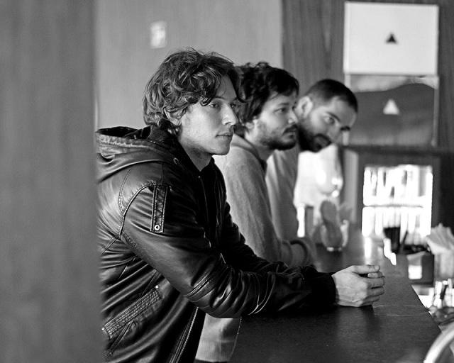 Atalhos: Ouça o segundo disco da banda paulista