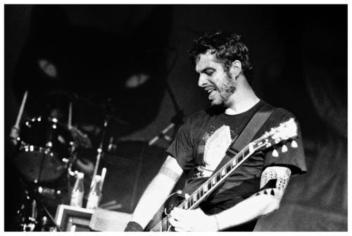 Martin Mendonça (Pitty) anuncia disco solo