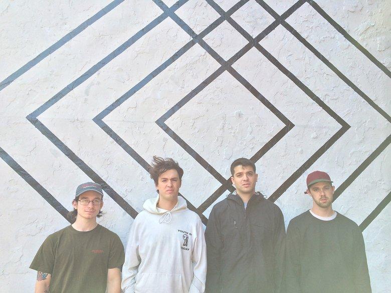 Title Fight e Sol invicto lançam novas músicas