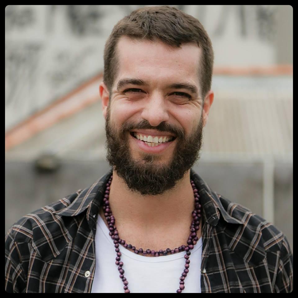 """Martin Mendonça (Pitty) segue lançando """"Coisas Boas"""""""
