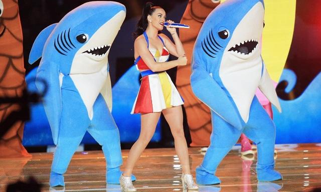 Assista à apresentação de Katy Perry no Super Bowl