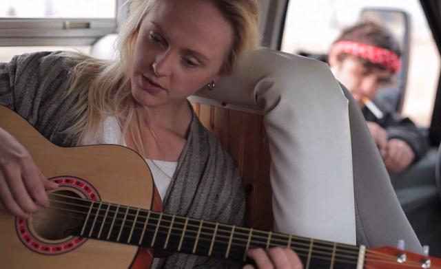 Laura Marling lança curta-metragem com músicas inéditas