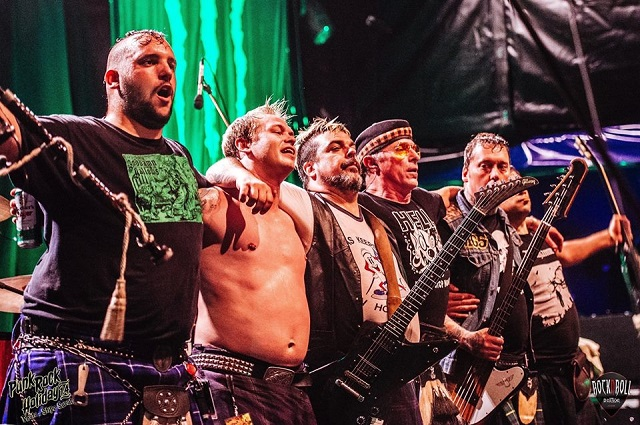The Real McKenzies divulga música de novo disco