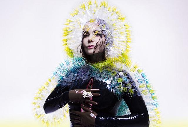 Novo disco de Björk é lançado no Brasil