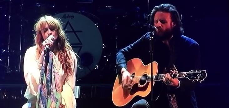 Florence and the Machine e Father John Misty cantam juntos no Coachella
