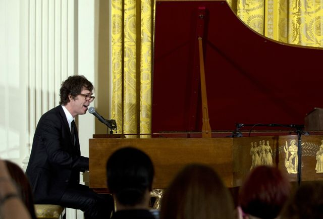 Ben Folds se apresenta na Casa Branca