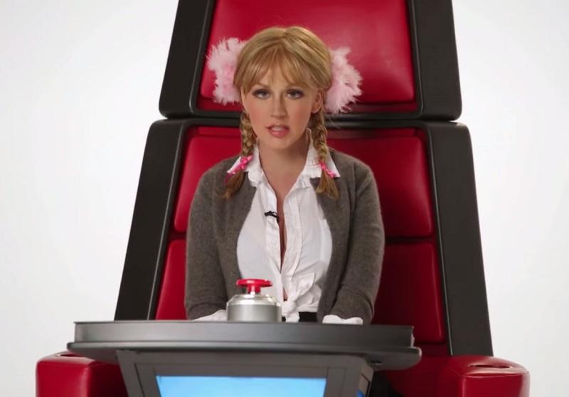 Christina Aguilera imita cantoras pop