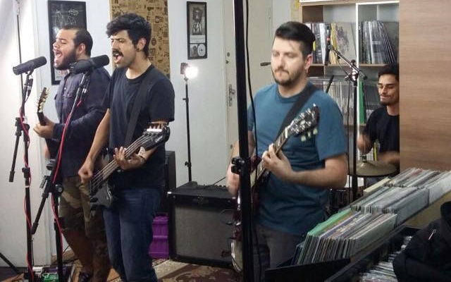 Betterman participa de session ao vivo na Hearts Bleed Blue
