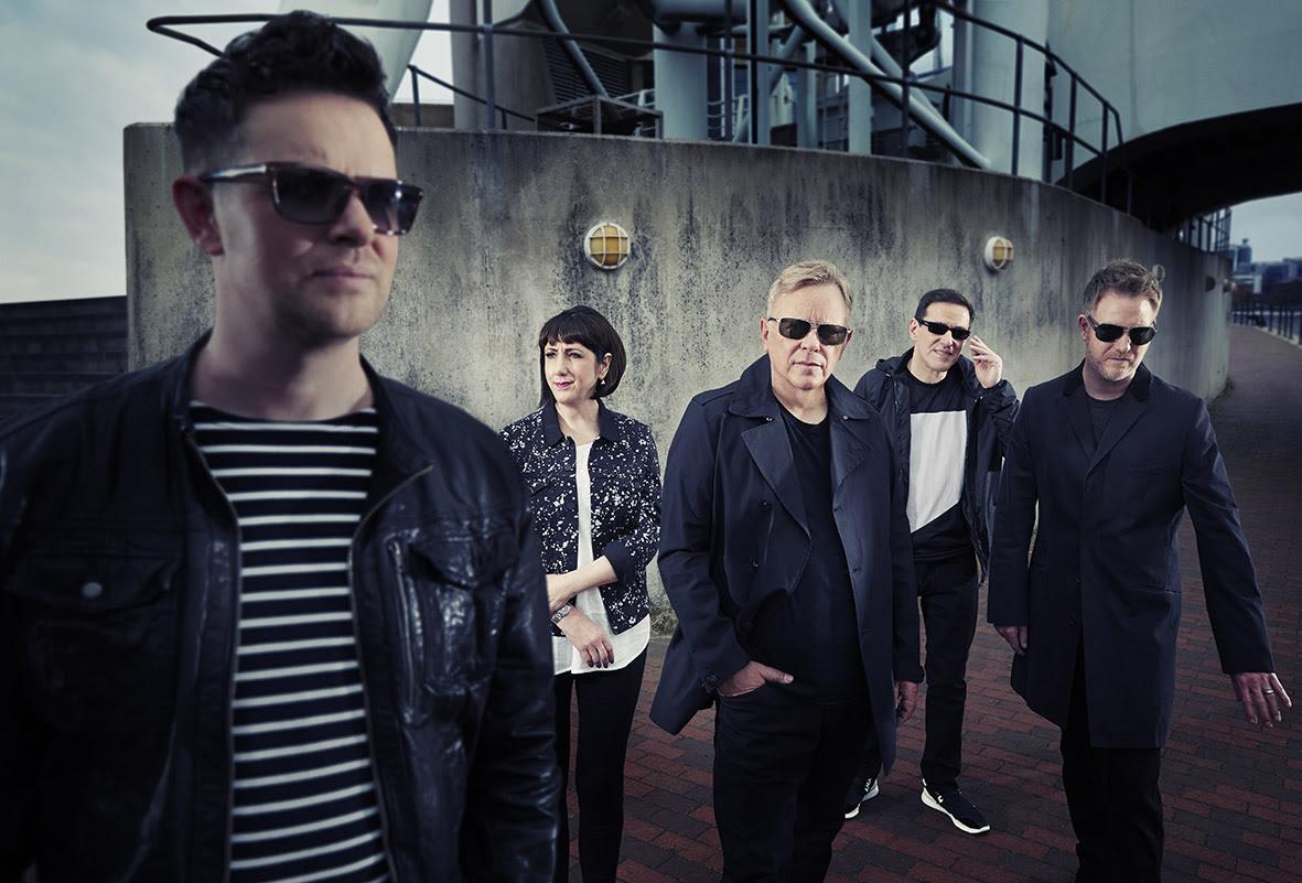 Ouça nova música de New Order
