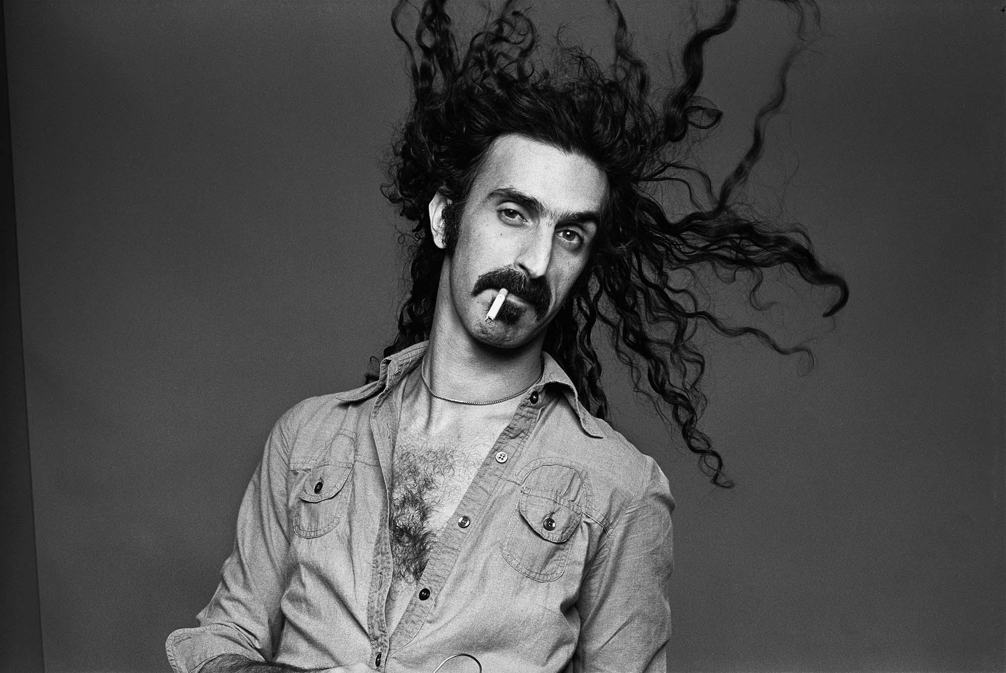 Família de Frank Zappa planeja novos lançamentos do artista