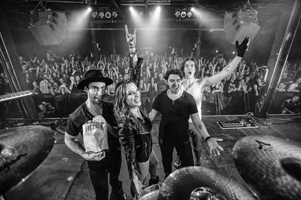 Halestorm toca último disco na íntegra em Londres - assista