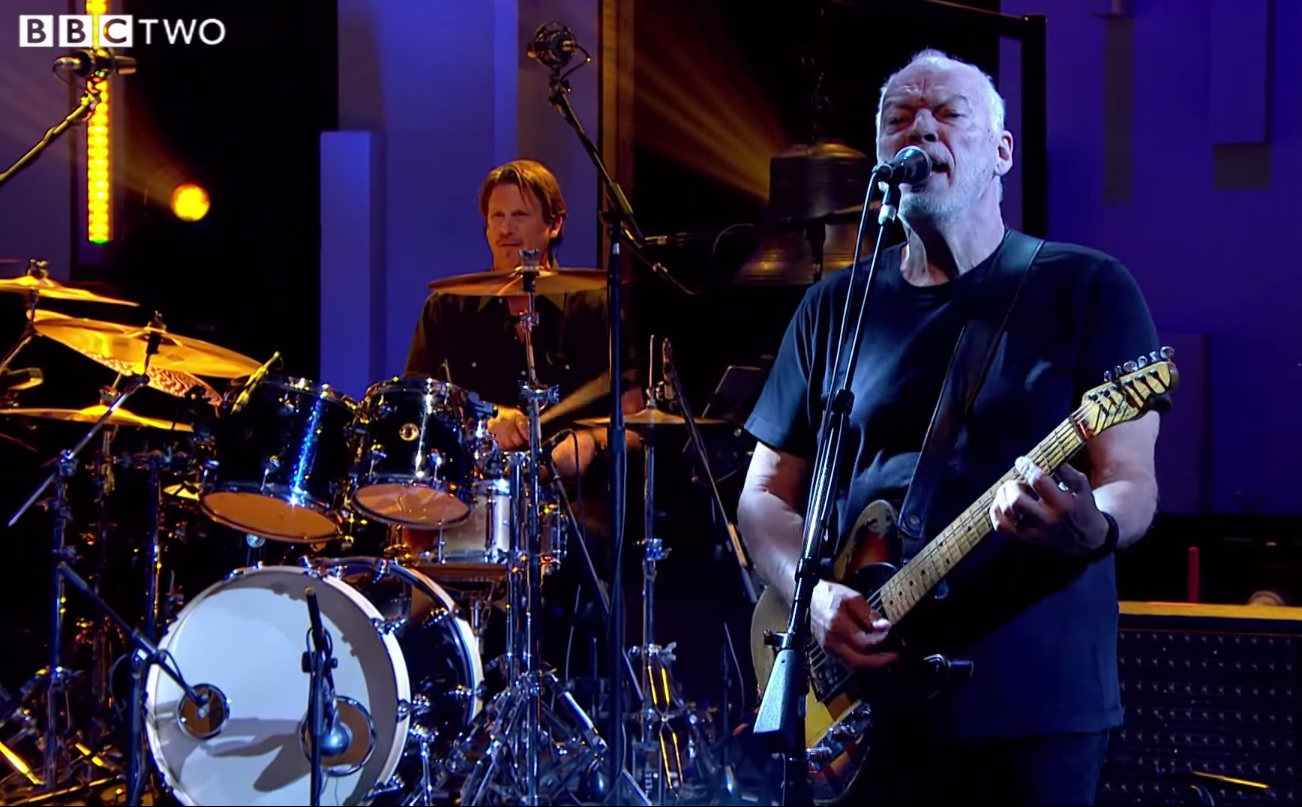 David Gilmour se apresenta na televisão