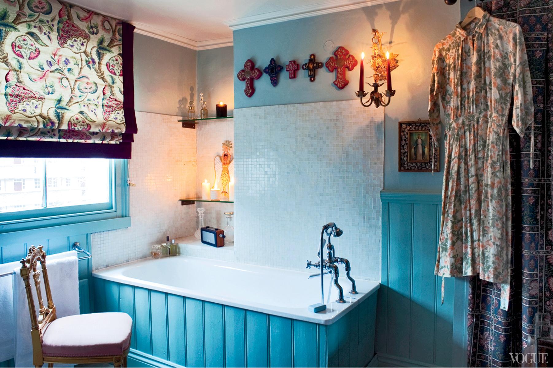 Florence Welch mostra seu apartamento em Londres